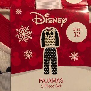 2 piece Mickey Mouse Pajama Set